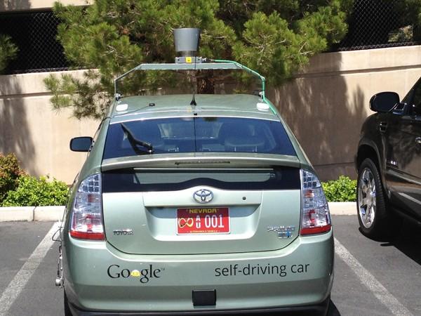 Испытания АВТОНОМНЫХ автомобилей на дорогах. | программа навигации Навигация навигационная система Навигационная программа навигационная GPS платформа гаджеты автомобильные гаджеты беспилотные автомобили АВТОНОМНЫе автомобили Автомобильная навигация автогаджеты SARTRE GPS устройства GPS навигация GPS гаджет Denso